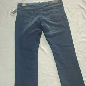 NWT Kenneth Cole Straight leg Jeans